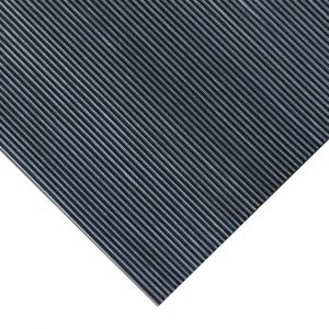 Covor antiderapant cu striuri fine 3mm grosime, 1400mm latime [1]