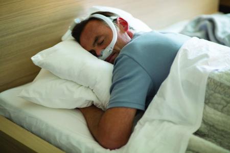Назална маска с възглавници CPAP - DreamWear Gel8