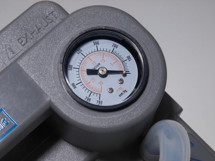 Aspirator Secretii VacuAide, 80-550 mmHg, 27 LPM, cu baterie 1