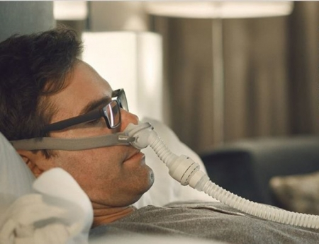 Masca CPAP Pillow AirFit P10 cu adaptor pt. AirMini5