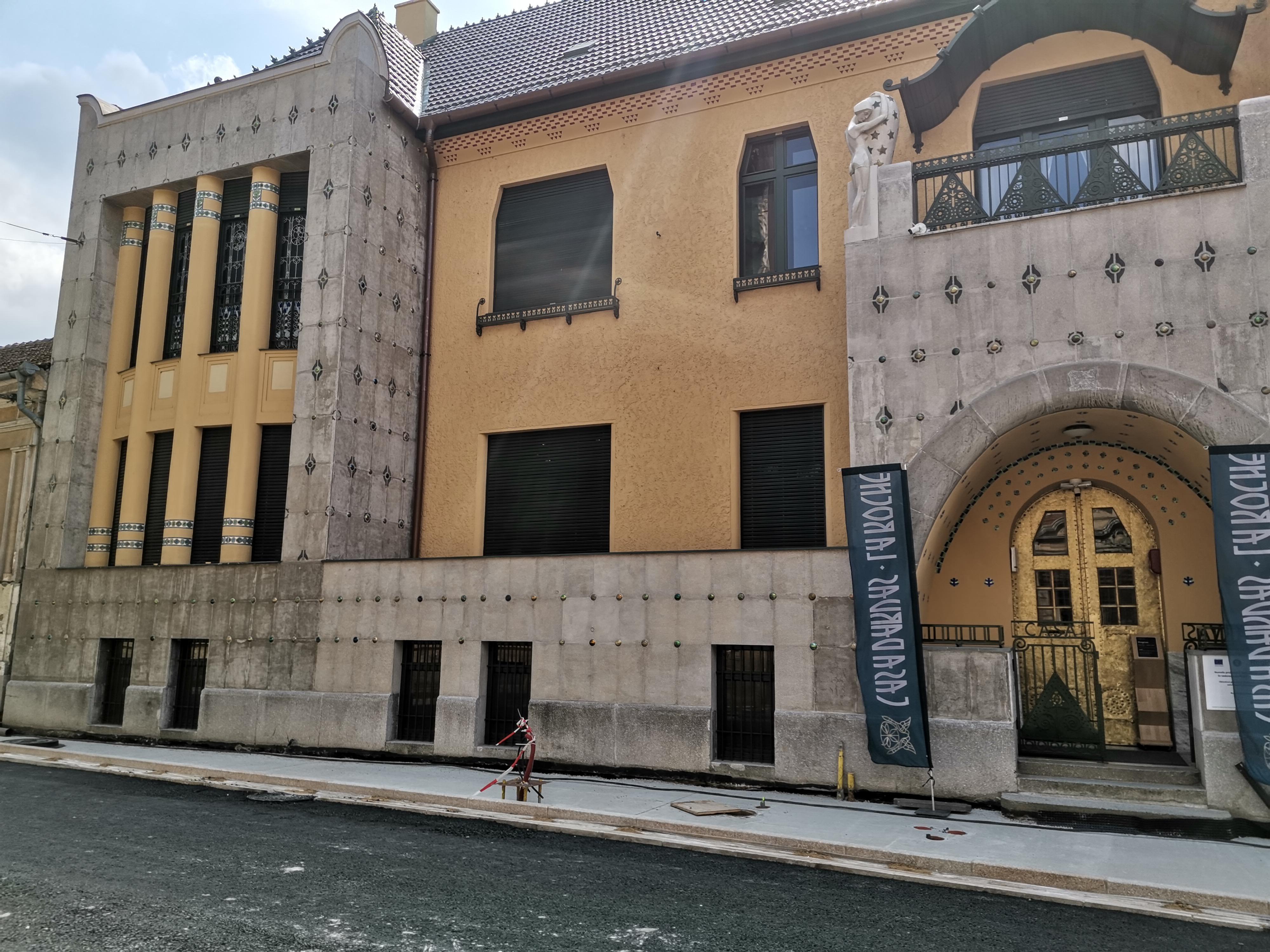Casa Darvas La Roche Oradea - Primul Muzeu Art Nouveau din Romania