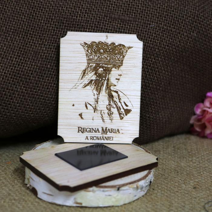 Magnet de frigider gravat Regina Maria a Romaniei 1