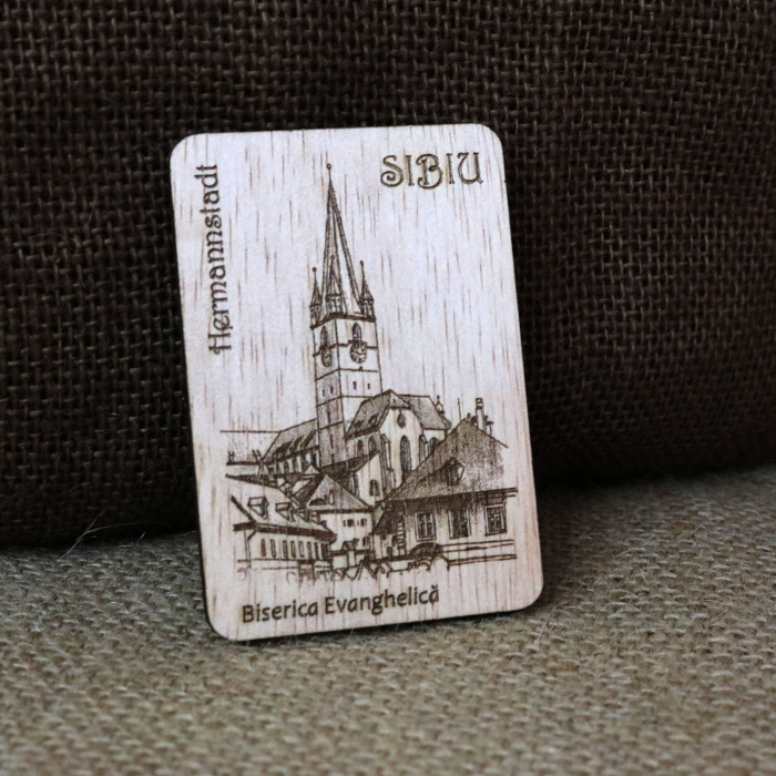 "Magnet de frigider suvenir gravat ""Biserica Evanghelica"" Sibiu, desen realizat manual [0]"