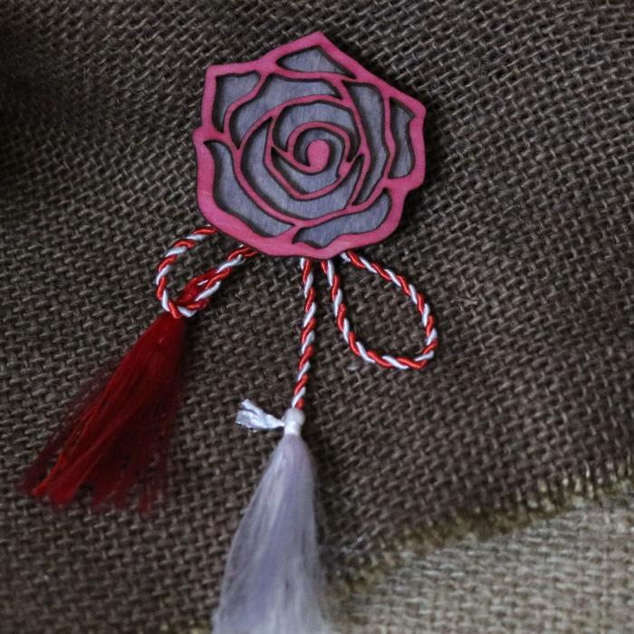 Martisor - brosa din lemn, Trandafir, rosu [0]