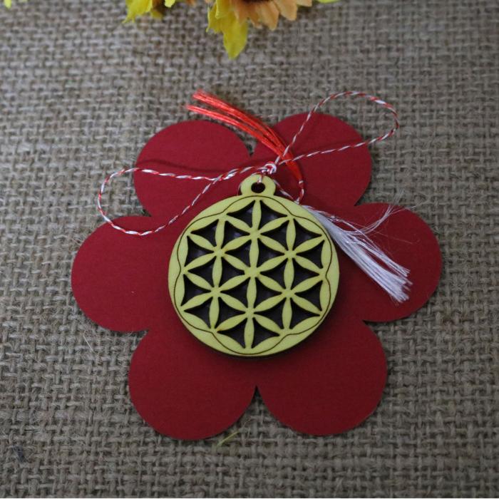 Martisor din lemn, decupat Floarea vietii, galben [3]