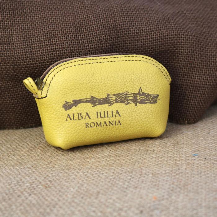 Mini portofel suvenir din piele, gravat Lupul Dacic, Cetatea Alba Carolina - Alba Iulia (culoare: galben mustar) [0]