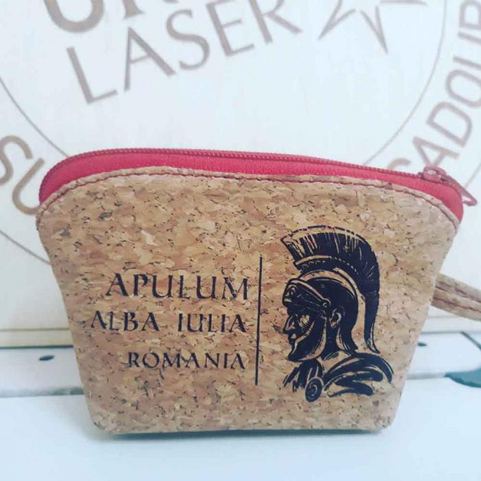Portofel suvenir pentru monede, Gravat  Din Material De Pluta – Soldat Roman 0