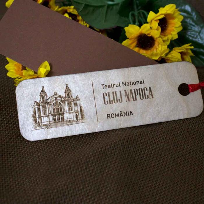 """Semn de carte din lemn Gravat """"Teatrul National"""" Cluj Napoca 0"""