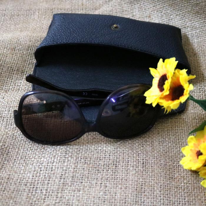 Toc / Etui Ochelari de soare personalizati, din Piele, handmade Sun (Albastru) 5