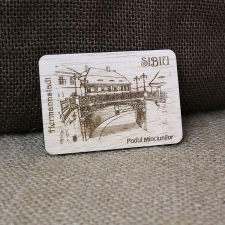 """Magnet de frigider din lemn suvenir, gravat, """"Podul Minciunilor"""" Sibiu, desen realizat manualMagnet de frigider din lemn suvenir, gravat, """"Podul Minciunilor"""" Sibiu, desen realizat manual [0]"""