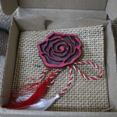 Martisor - brosa din lemn, Trandafir, rosu [5]