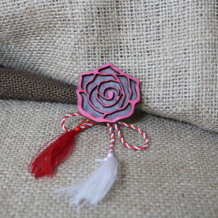 Martisor - brosa din lemn, Trandafir, rosu [9]