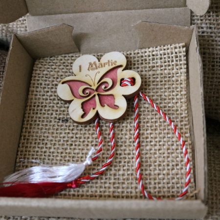 Martisor din lemn, Fluture, rosu [10]