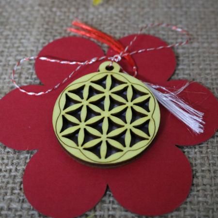 Martisor din lemn, decupat Floarea vietii, galben [2]
