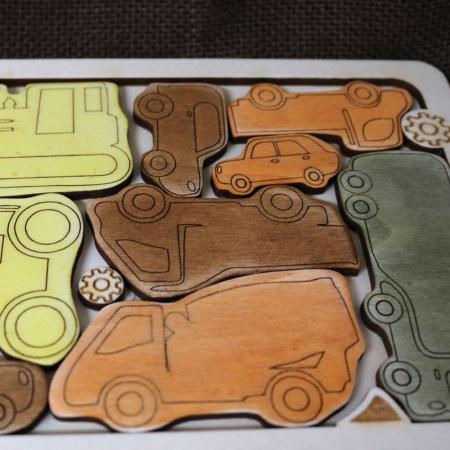 """Puzzle Educativ Din Lemn, Gravat """"Camionul cu masini""""3"""