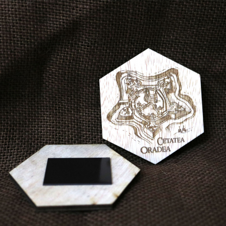 Magnet De Frigider Hexagonal, Gravat Cetatea Din Oradea, desen realizat manual1