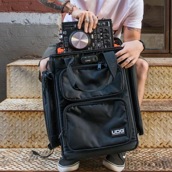 UDG Ultimate ProducerBag Large Black/Orange Inside [5]