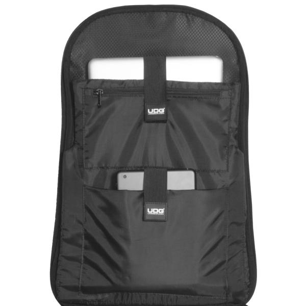 UDG Creator Wheeled Laptop Backpack 21 Version 3 Black Edition 12