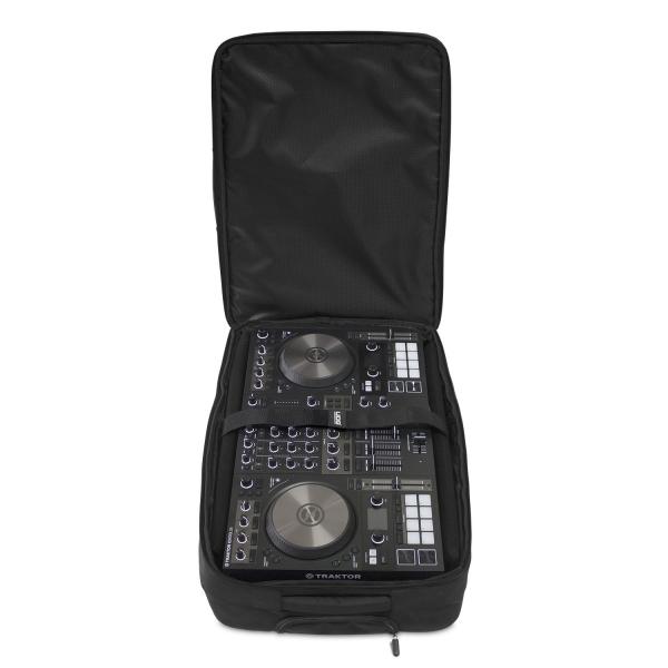 "UDG Creator Wheeled MIDI Controller Case Black 22"" 4"