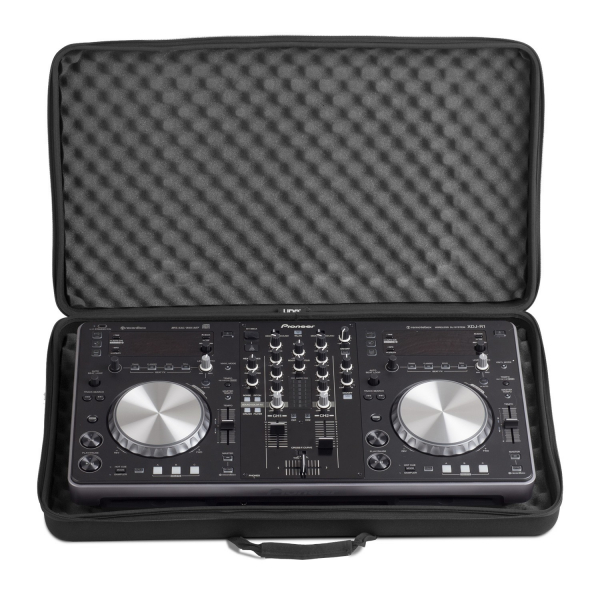 UDG Creator Controller Hardcase Extra Large Black MK2 [6]