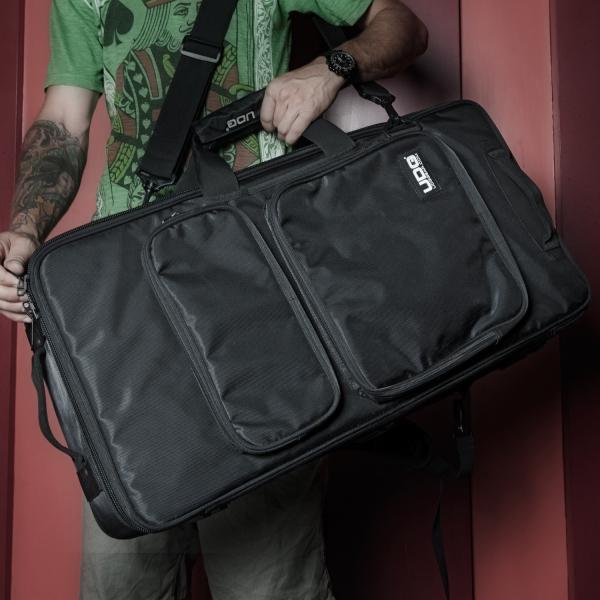 UDG Ultimate MIDI Controller Backpack Large Black/Orange Inside MK2 3