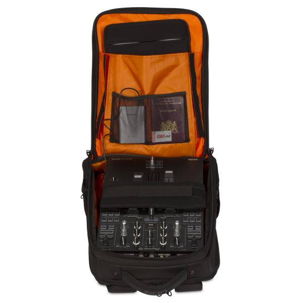 UDG Ultimate Backpack Slim BlackOrange Inside 5