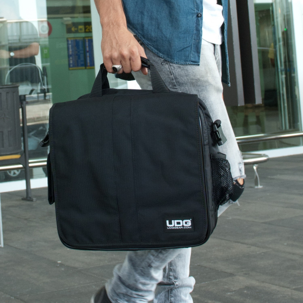 UDG Ultimate CourierBag DeLuxe Black/Orange Inside 3