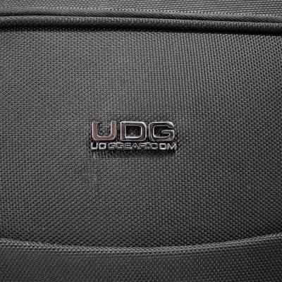 "UDG Creator Wheeled MIDI Controller Case Black 22""7"