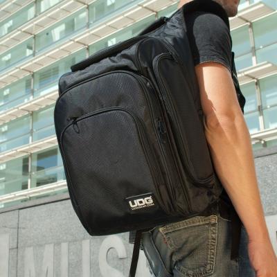 UDG Ultimate Digi Backpack Black/Orange [5]