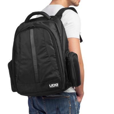 UDG Ultimate Backpack BlackOrange Inside [6]