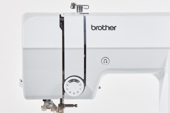 Brother CS10S, masina cusut computerizata, 40 cusaturi, 5 butoniere automate 8