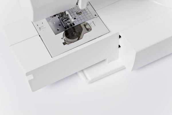 Masina de cusut Brother FS20, computerizata, 20 modele cusaturi, ecran LCD, 3 butoniere 1 pas 3