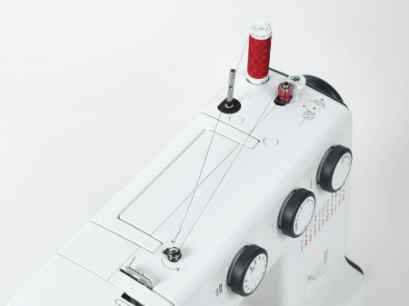 Bernette b35, masina cusut electromecanica, 23 cusaturi, reglare latime si pas,5