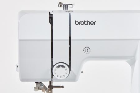 Brother CS10S, masina cusut computerizata, 40 cusaturi, 5 butoniere automate8
