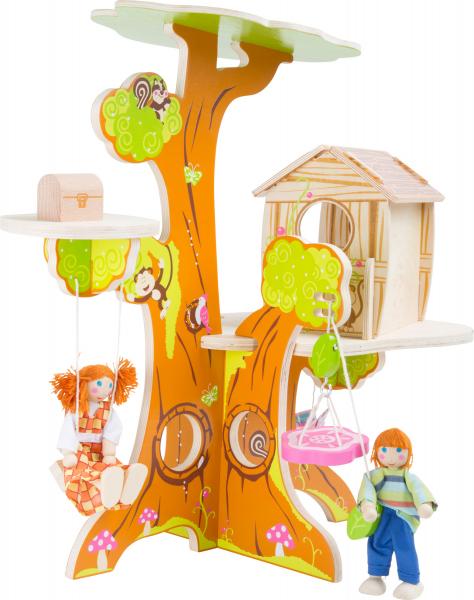 Casuta din Copac, cu papusi 1