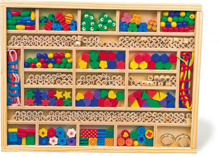 Creeaza-ti propriile bijuterii si decoratiuni din lemn -set de insiruit 0