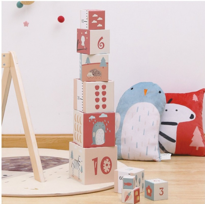 Turn de cuburi cu cifre, litere, animale si cantitati [1]