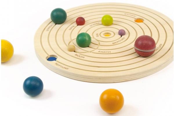 Sistemul solar 3D, joc educativ din lemn 4