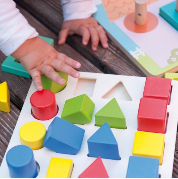 Jucarie educativa 4 forme, 4 culori, 4 marimi 2