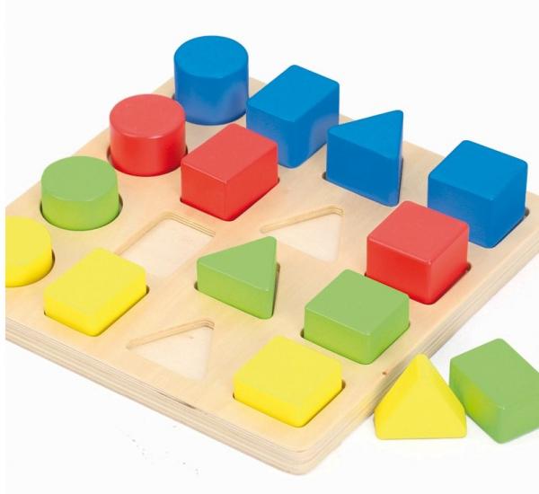 Jucarie educativa 4 forme, 4 culori, 4 marimi 6