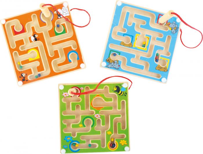 Labirintul magnetic cu bilute colorate 0