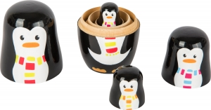 Familia de pinguini Matryoshka1
