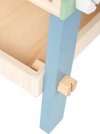 Banc de lucru din lemn, cu unelte, Nordic3
