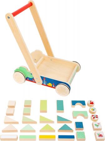 Invat sa merg, antemergator din lemn si cuburi de construit [1]
