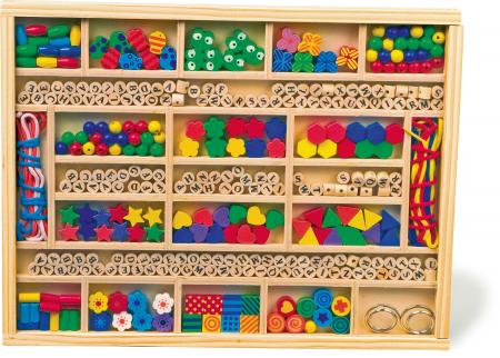 Creeaza-ti propriile bijuterii si decoratiuni din lemn -set de insiruit0
