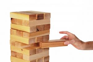 Joc de exterior din lemn Turnul Instabil [3]