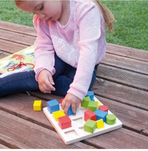 Jucarie educativa 4 forme, 4 culori, 4 marimi1