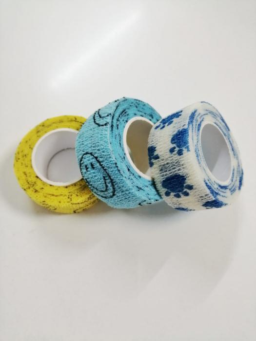 Bandaj elastic autoadeziv albastru cu imprimeu - 2,5 cm [1]