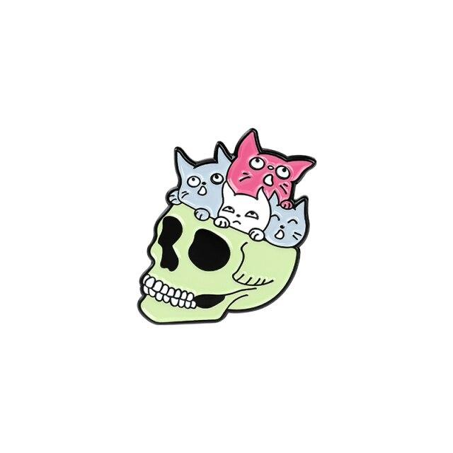 Cats inside a Skull [0]