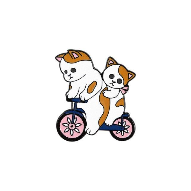 Cute Cats Riding a Bike [0]